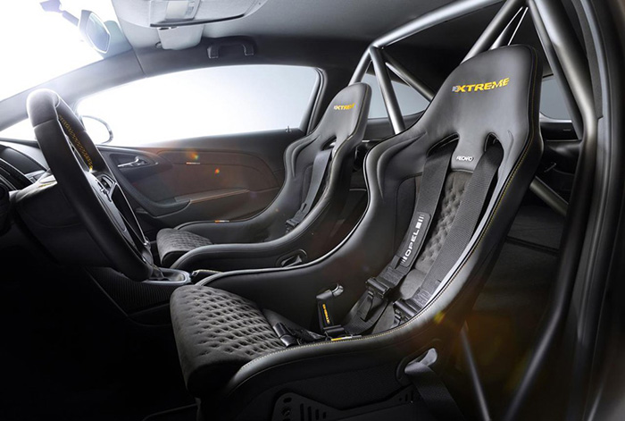 Opel Astra OPC Extreme / Vauxhall Astra VRX Extreme
